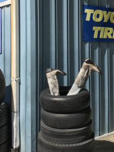 tires 225x300