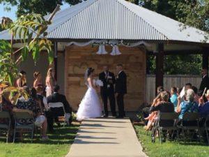 wedding3 533x400 300x225